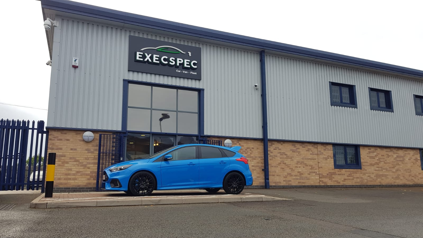 Ford Focus RS Best Car Tracker