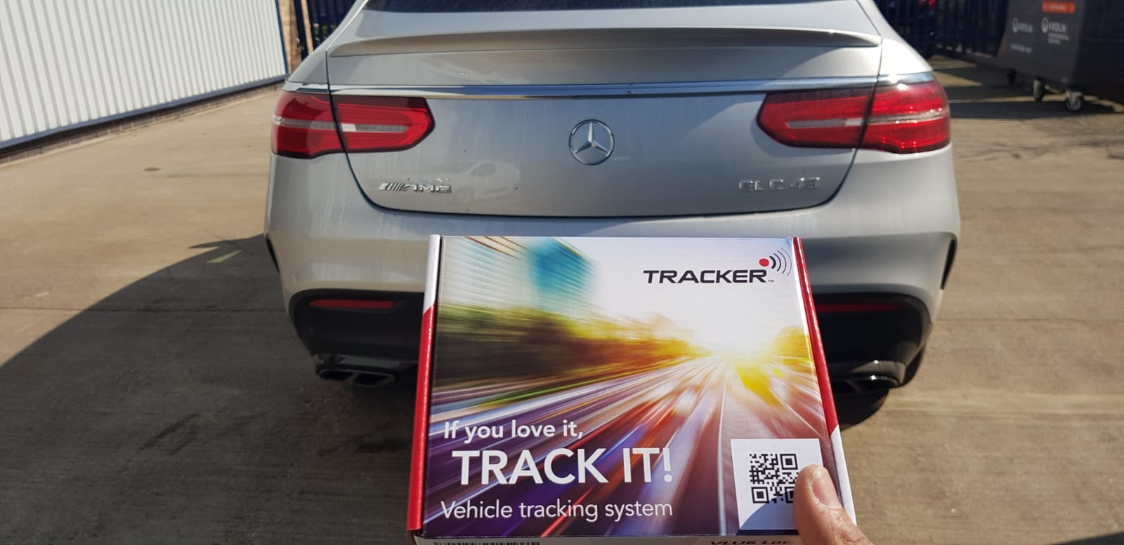 Mercedes Tracker Vantage Plus S5